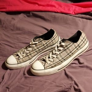 Gray plaid converse low tops size 10
